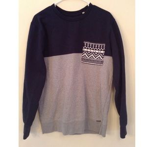 ON THE BYAS sweater